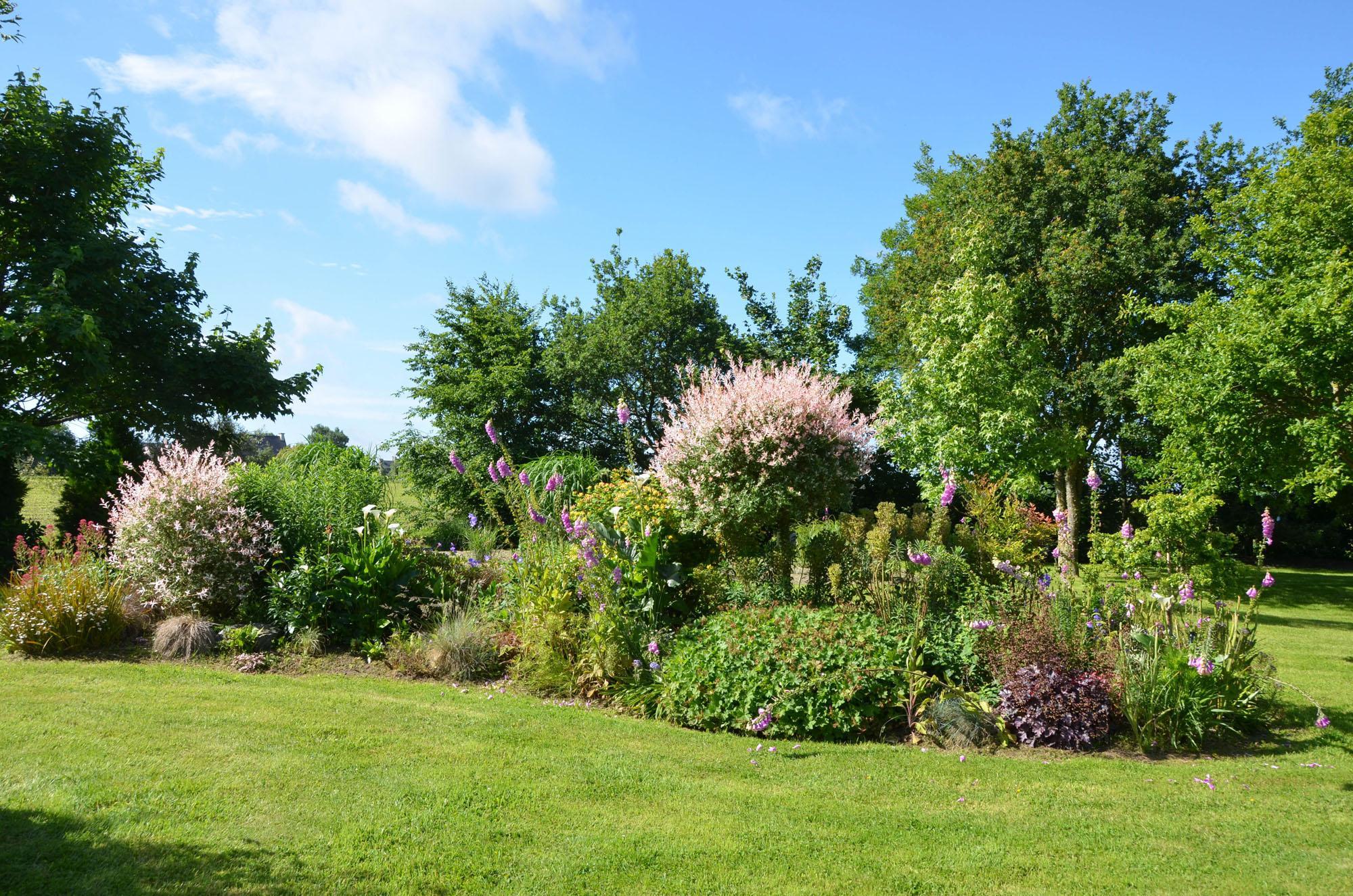 Bienvenue dans mon jardin 11 g te de la b zardais for Bienvenue dans mon jardin